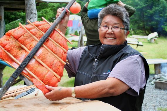Traditional Aboriginal Salmon Dinner on Spring Island with West Coast Expeditions