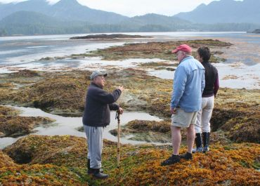 Jerry Lang sharing ecology at low tide on Spring Island